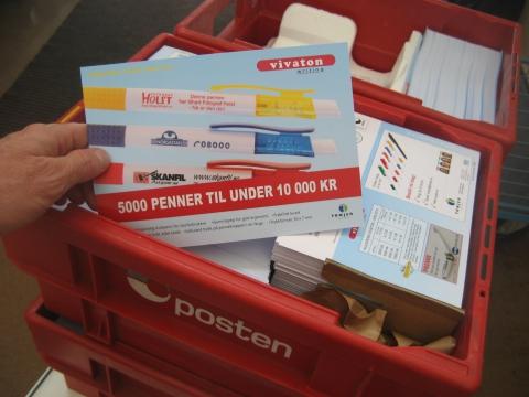 Postkort med månedens tilbud til 4000 kunder